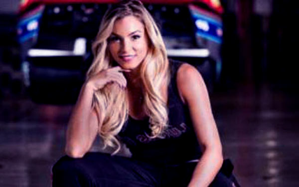 Image of Jackie Braasch from Street Outlaws show