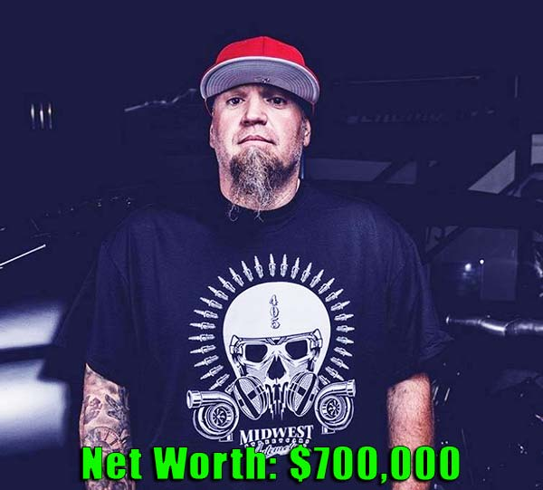 Image of Street Outlaws cast, Murder Nova net worth is $700,000